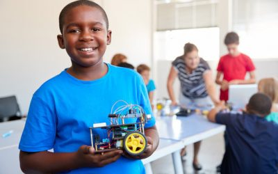What is robotics for kids and what can they learn from it?